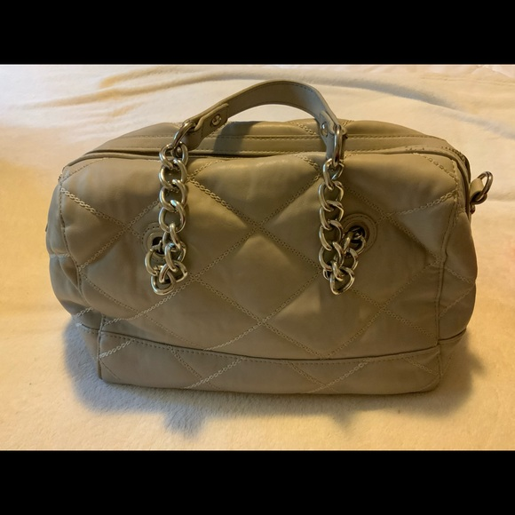 Charming Charlie gray leather quilted shoulder bag